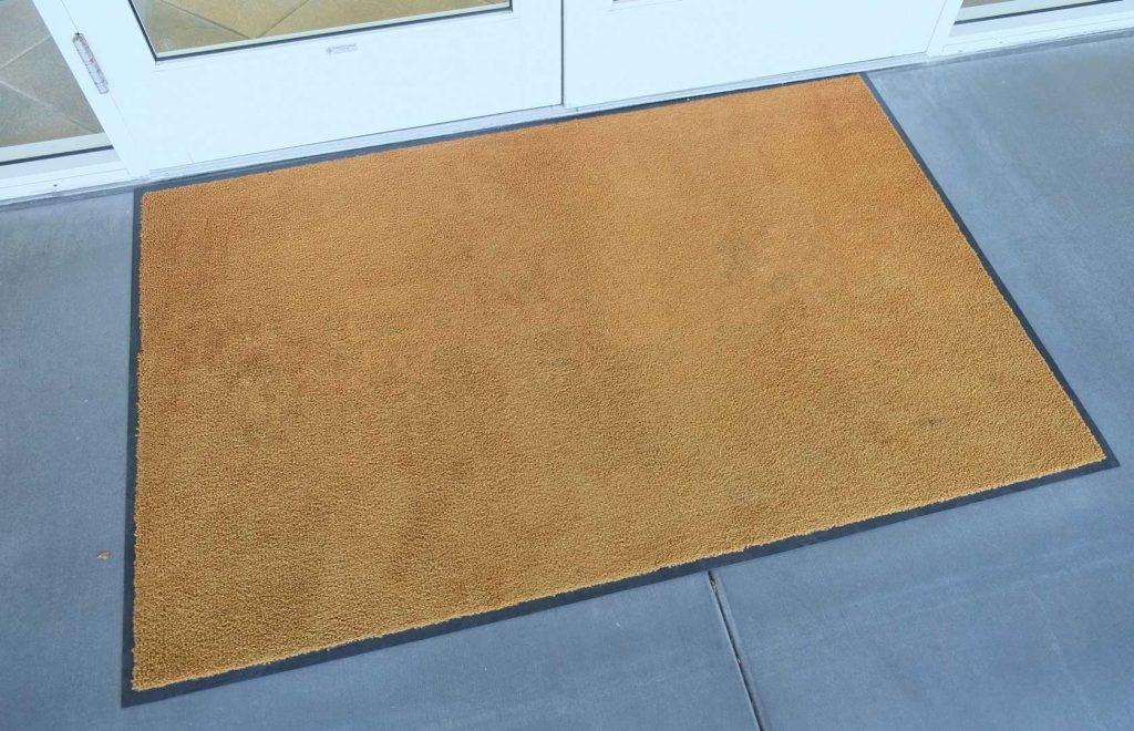 How To Choose The Right Entryway Mat